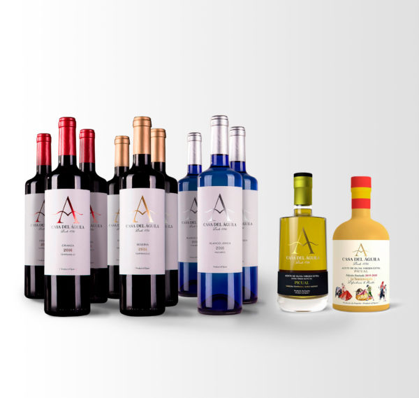Está compuesto por 3 botellas de nuestro Crianza, 3 botellas de Reserva, 3 de Blanco Macabeo, 1 botella Picual Reserva Familiar, 1 botella Picual Serie
